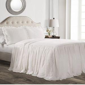 Lush Decor 16T002846 Ruffle Skirt Bedspread White